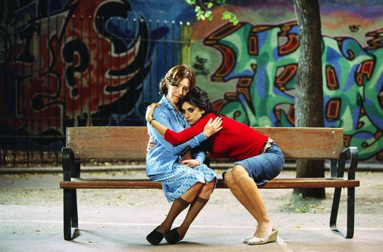 """Carmen Maura y Penélope Cruz en """"Volver"""""""