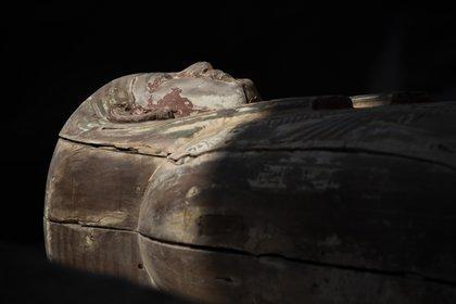 Uno de los sarcófagos de la excavación