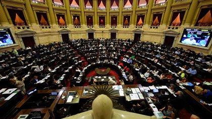 El proyecto para regular el teletrabajo podría ser tratado en la próxima sesión virtual de Diputados