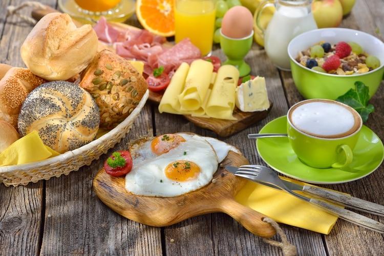 Muchas veces exponemos a los más chicos a comidas no saludables, mientras estamos formando sus hábitos alimentarios