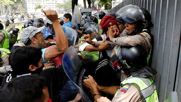 1) Caracas (Thomson Reuters)