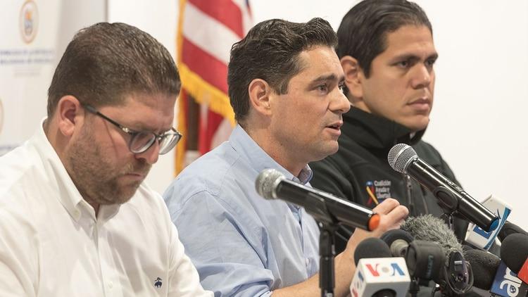 Carlos Vecchio anunció la creación del Registro Único Consular (Embajada de Venezuela en EEUU)