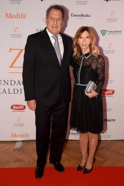 Jorge Brito y su mujer, Marcela Carballo, en una edición de la gala de la Fundación Zaldívar, en el Alvear Palace Hotel