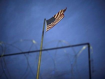 Los viajes permitidos entre Estados Unidos y México deben ser únicamente de carácter esencial (Foto: Reuters)