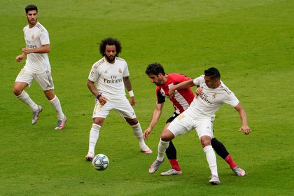 Marcelo se perderá el tramo final de la Liga por una lesión muscualr (REUTERS/Vincent West)