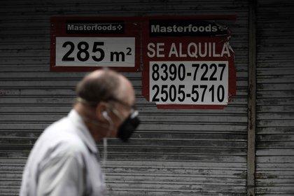 La ley de alquileres complicó aún más el mercado en medio de la pandemia, y el gobierno no hizo nada para estimular la construcción  EFE/Jeffrey Arguedas/Archivo