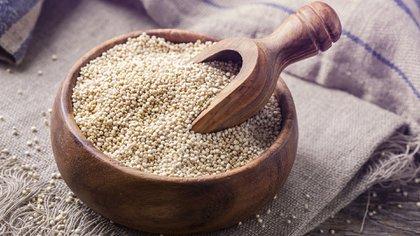 La quinoa es considerado un superalimento por la cantidad de beneficios que otorga (Shutterstock)