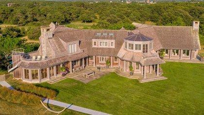 La mansión está en el mercado desde 2015 y su precio ha caído en los últimos años precisamente por las dificultades para poder venderla (Foto: Coldwell Banker)