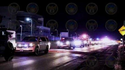 """Bajo un fuerte dispositivo de seguridad, el """"Marro"""" fue trasladado al penal Puentecillas, Guanajuato (Foto: Fiscalía General del Estado de Guanajuato)"""