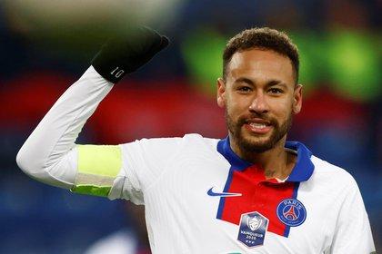 Neymar quedó descartado para enfrentar al Barcelona en el Camp Nou por los octavos de final de la Champions League (REUTERS)