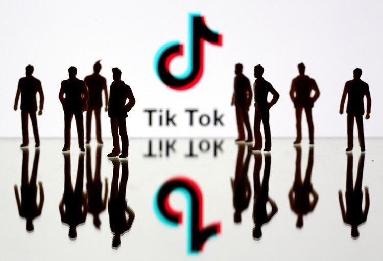 Tik Tok se lanzó en China, en 2016 (REUTERS/Dado Ruvic/Illustration/File Photo)