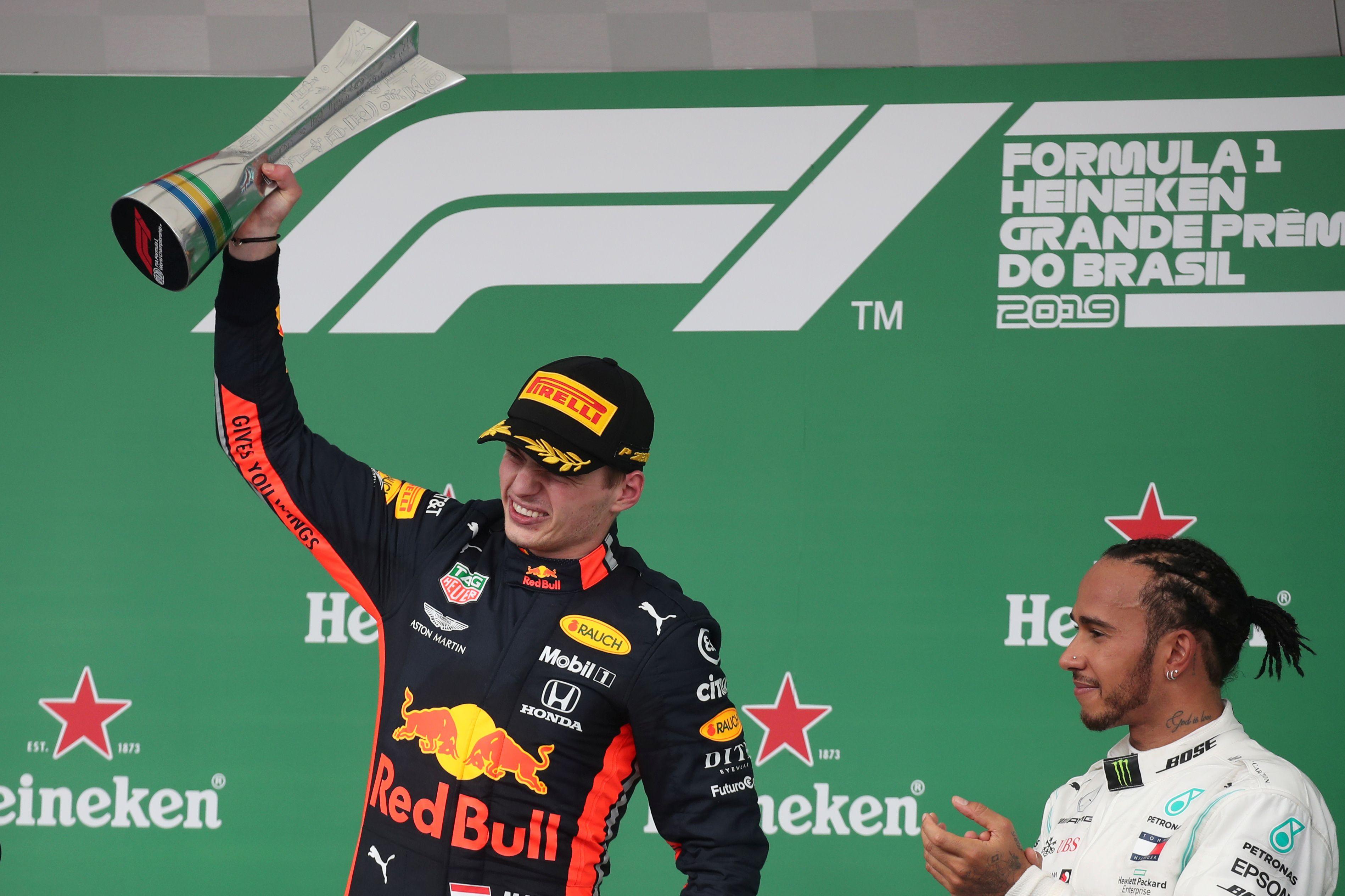 Max Verstappen se subió a la cima del podio en Brasil (Reuters)