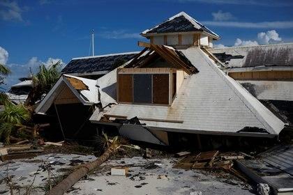 Un hotel devastado en Marsh Harbour, Bahamas (REUTERS/Marco Bello)