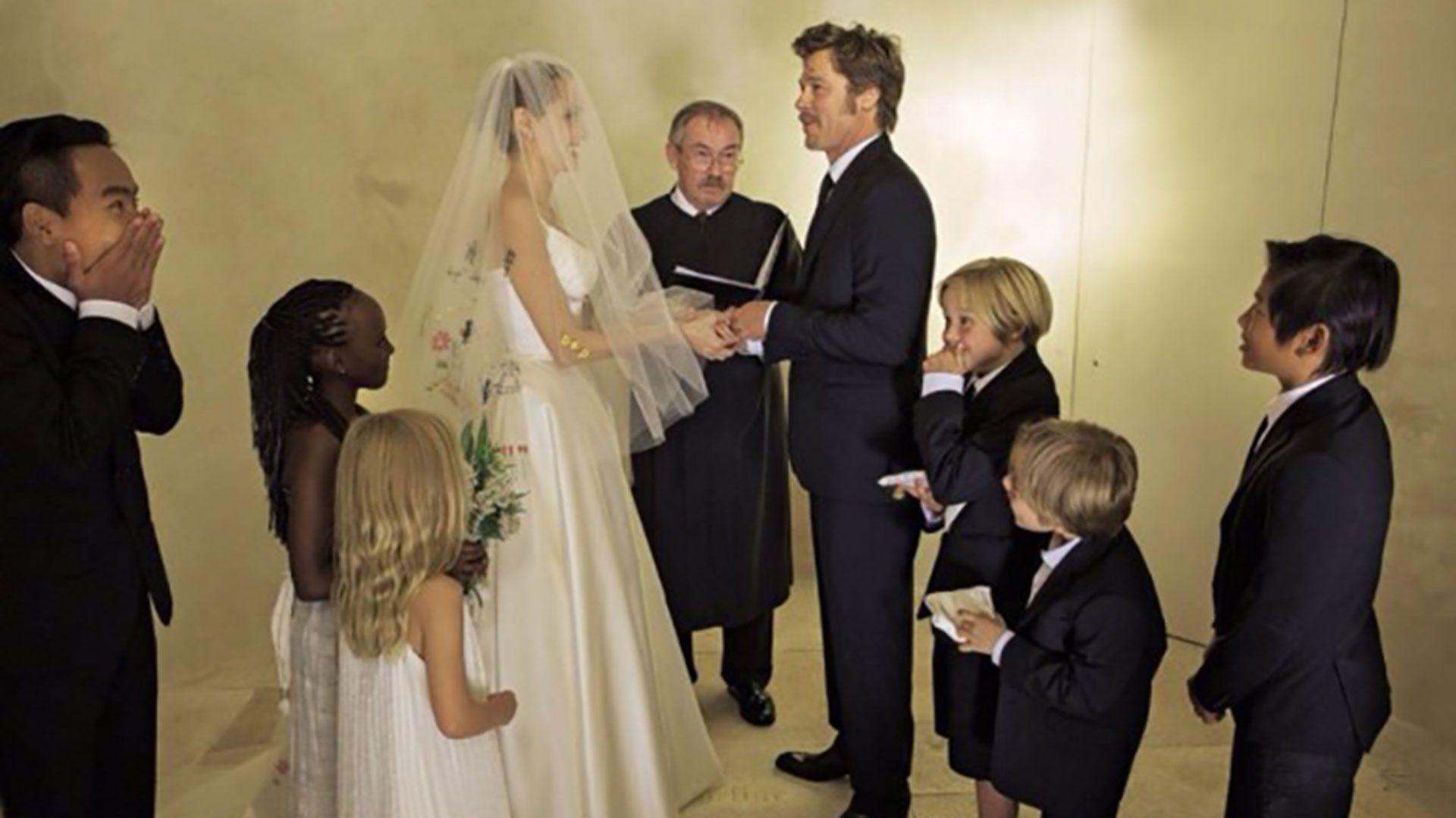 El casamiento de Brad Pitt y Angelina Jolie junto a sus seis hijos