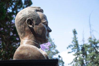El lugar se caracteriza por la escultura dedicada al ídolo de México.  Foto: Mau HL / Infobae