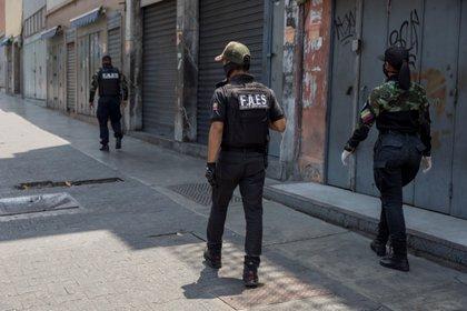En la imagen, oficiales de las Fuerzas de Acción Especial (FAES) (EFE)