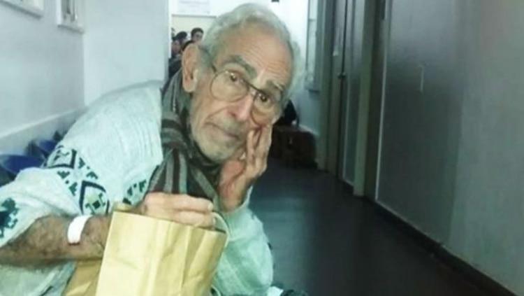 Barreda en una de sus últimas imágenes conocidas, cuando vivía en un pasillo de un hospital de Pacheco.