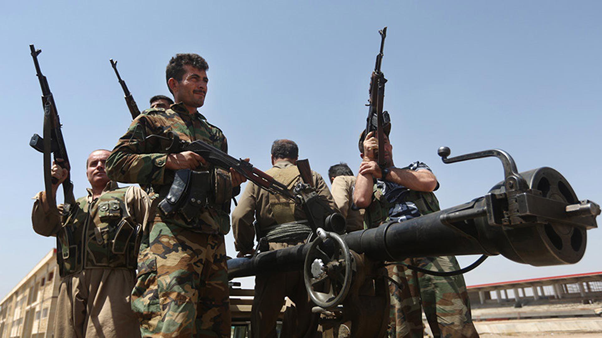 Combatientes de las YPG en Siria