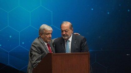 López Obrador y Carlos Slim. (Foto: Cuartoscuro)