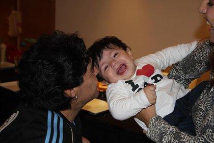 Gianinna Maradona compartió una foto de sus papás con Benjamín