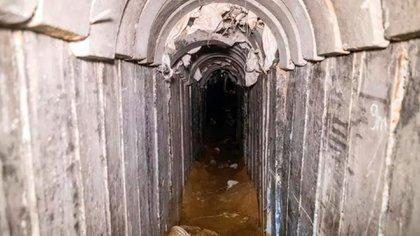 Hamas construyó decenas de túneles terroristas en la frontera con Israel