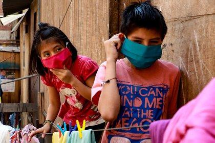 Se estima que las condiciones de pobreza empeoren hacia el final de la pandemia (Foto: EFE/Juan Ponce/Archivo)