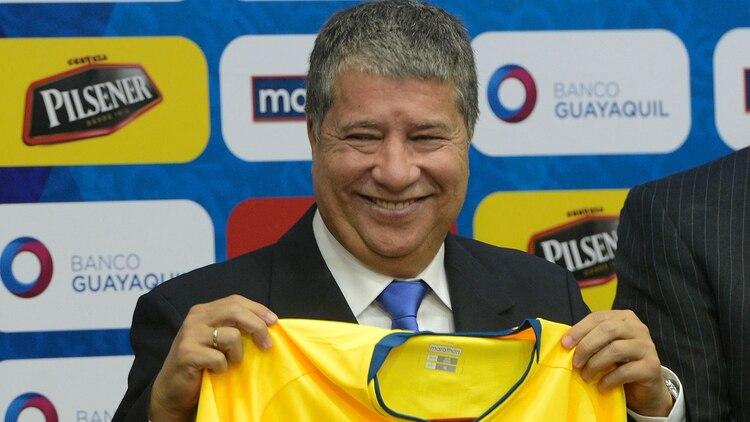 El futuro del Bolillo Gómez es incierto en Ecuador (EFE)