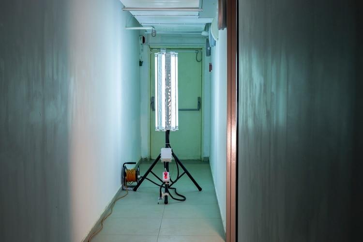 La lámpara acaba con los virus que están a su alrededor a una distancia de dos metros