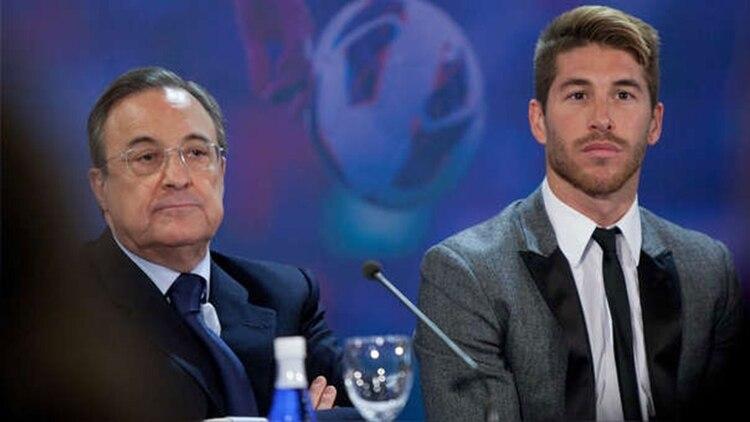 La relación entre Florentino Pérez y Sergio Ramos atraviesa su peor momento (AFP)