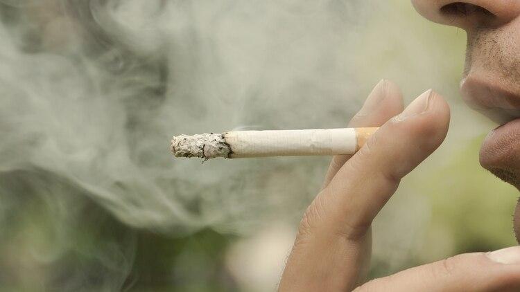 Los hallazgos se basan en un análisis de datos de la Evaluación de población del tabaco y la salud (PATH), que rastreó los hábitos de cigarrillos electrónicos y tabaco en la población estadounidense (Shutterstock)