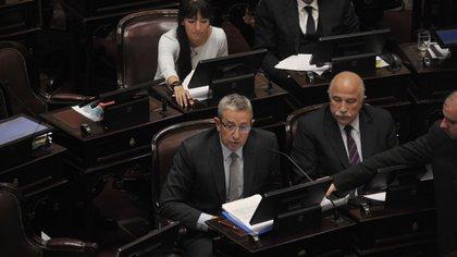 Julio Cobos y Mario Fiad, senadores de la UCR en contra de la legalización del aborto (Patricio Murphy)
