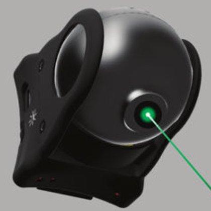 xoBeam de MedEXO Robotics de Hong Kong es un pequeño dispositivo que se adhiere al cinturón o bastón del paciente.