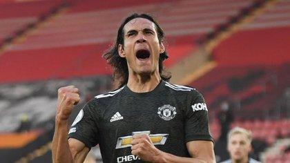 Edinson Cavani celebra un gol del United ante Southampton por Premier League. 29 noviembre 2020. REUTERS/Mike Hewitt