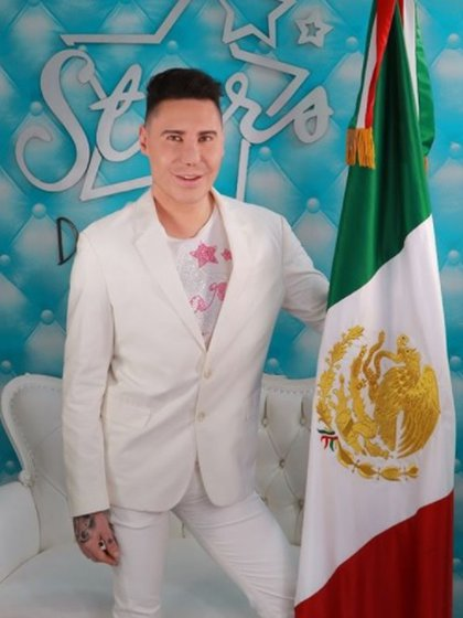 """Urquiza era conocido como """"El Rey de las Extensiones"""" (IG: starsisdanielurquiza)"""