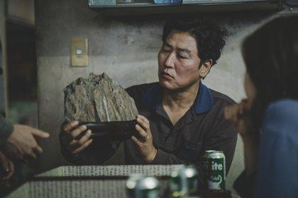 Escena de Parasite, la película que dio inicio al Festival de Cine de José Ignacio.