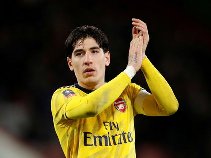FILE PHOTO: Soccer Football - FA Cup Fourth Round - AFC Bournemouth v Arsenal - Vitality Stadium, Bournemouth, Britain - January 27, 2020   Arsenal's Hector Bellerin celebrates after the match    REUTERS/David Klein/File Photo