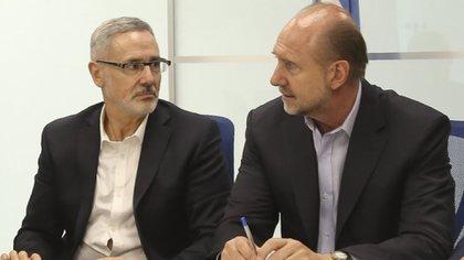 El gobernador de Santa Fe, Omar Perotti, junto al ministro de Seguridad provincial, Marcelo Saín (NA)