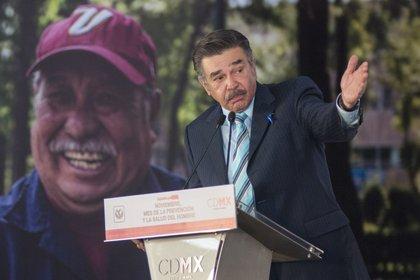 Jorge Ortiz de Pinedo asegura que les han puesto muchas trabas para recibir el dinero que le corresponde a la casa asilo (Foto: Cuartoscuro)