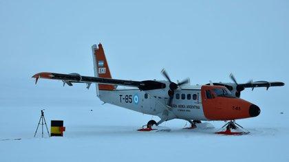 Avión Twin Otter  operando en la Antártida