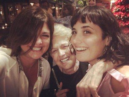 Araceli con su mamá y su hija, Florencia Torrente