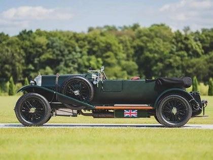 Un Bentley 3-4 1/2 con cuatro asientos de 1924. (Foto: RM SOTHEBY´S)
