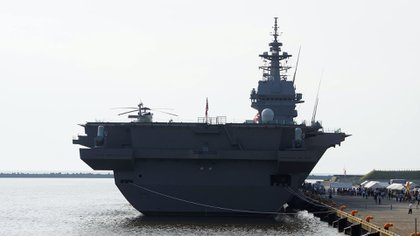 En el ejercicio también participó el portahelicópteros Kaga, que comparte el nombre con un famoso portaaviones que en la Segunda Guerra Mundial sembró el terror entre los chinos