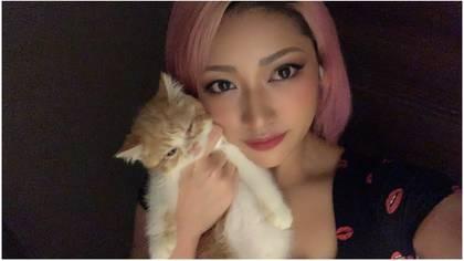 Esta es una de las últimas fotografías de Hana Kimura de 22 años de edad