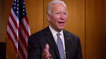 El candidato presidencial y ex vicepresidente demócrata Joe Biden aparece por video desde Delaware al comienzo de la virtual Convención Nacional Demócrata de 2020 en Milwaukee, Wisconsin, EEUU, el 17 de agosto de 2020. Convención Nacional Demócrata 2020/POOL vía REUTERS