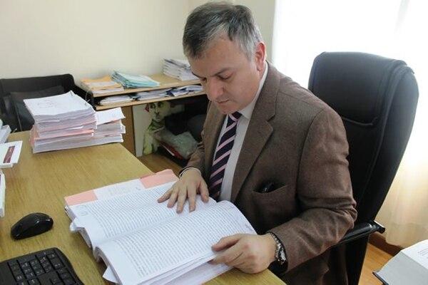 El fiscal Pablo Candela desestimó dos de las denuncias contra Melella antes que se hagan públicas.