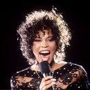 Whitney Houston en uno de sus inolvidables conciertos (Shutterstock)