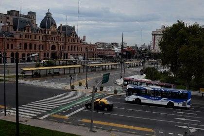 Se reforzarán controles a pasajeros de colectivos en Centros de Trasbordo y accesos a la Ciudad (Nicolas Stulberg)