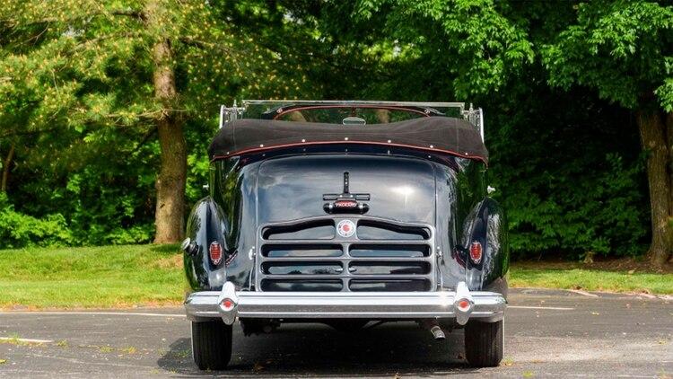 El Packard presidencial llegó a los Estados Unidos en 1977, y nunca más volvió a la Argentina. (Foto: Mecum)