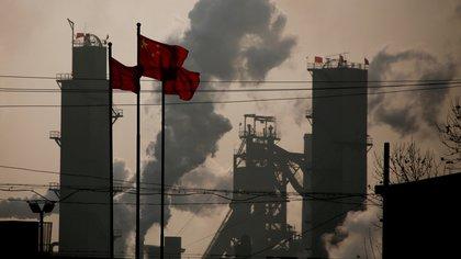 China bajó a la tercera posición en intercambio comercial con EEUU(REUTERS/Thomas Peter/archivo)