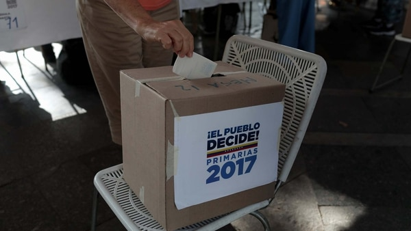 Los venezolanos votarán este domingo 15 de octubre en elecciones regionales (Reuters)